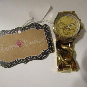 NWT Women's Beautiful Gold Leopard Chain Watch